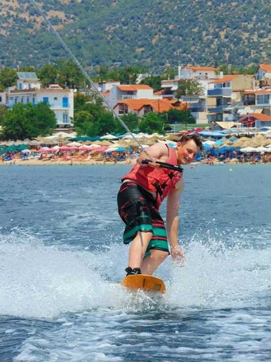 water sports thassos---dolphin-water-sports-thassos---holidays4y.com